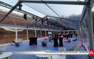 installation de matérielss audiovisuels dans une tente cristal