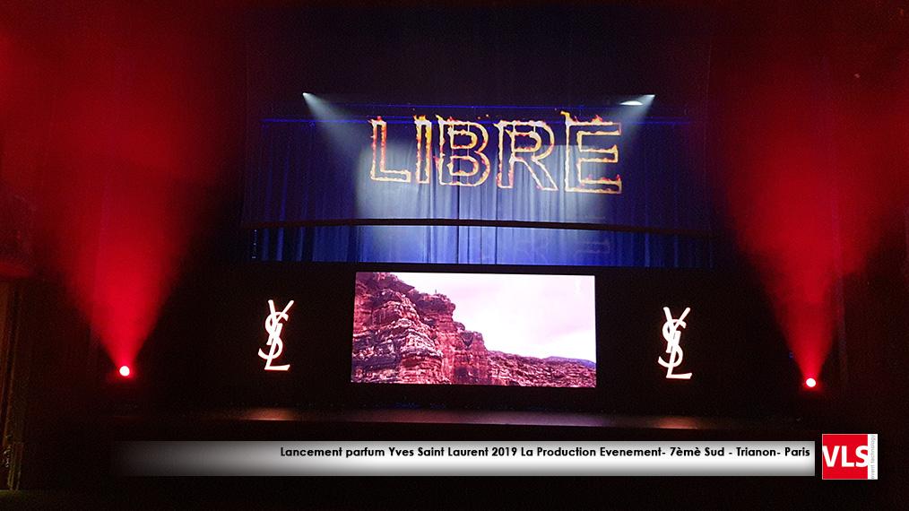 projection vidéo sur tulle effet hologramme et mur LED